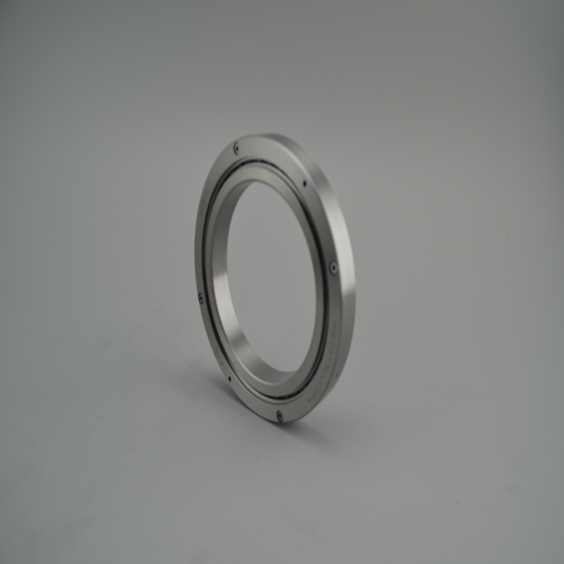Cross cylindrical roller bearing
