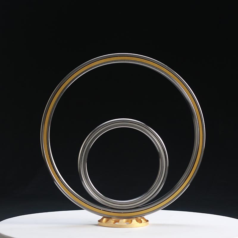 Thin-wall angular contact ball bearing with equal section